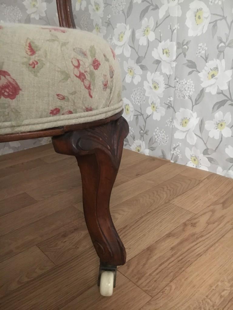 Art Nouveau Chair Leg