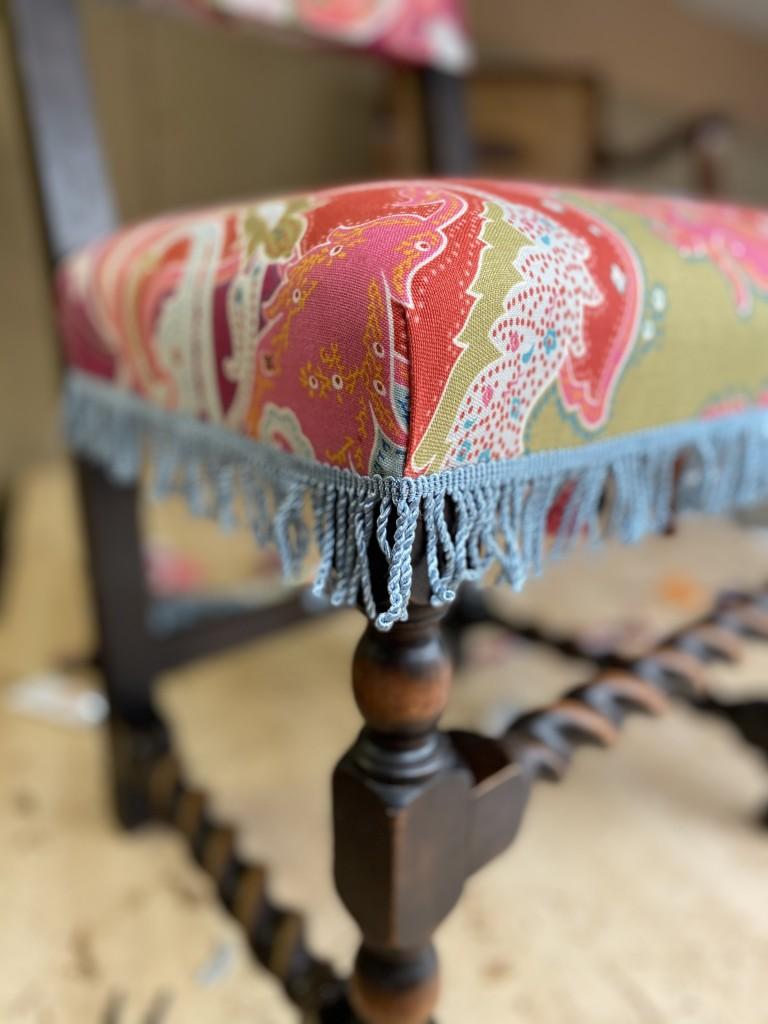 Corner pleat detail